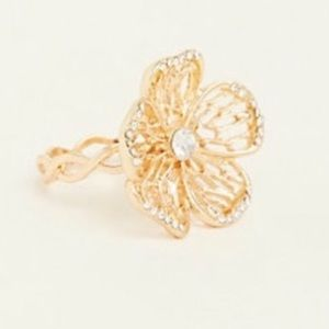3/$50 NWT Torrid gold lattice flower ring 11